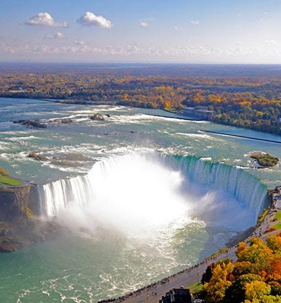 Approcher au plus près des chutes du Niagara