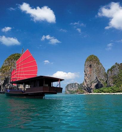 Parcourir la baie d'Halong - Vietnam