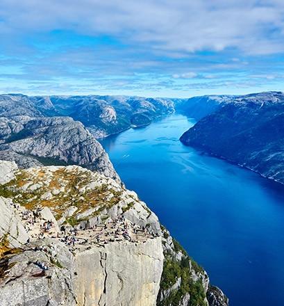 Naviguer dans le Lysefjorden