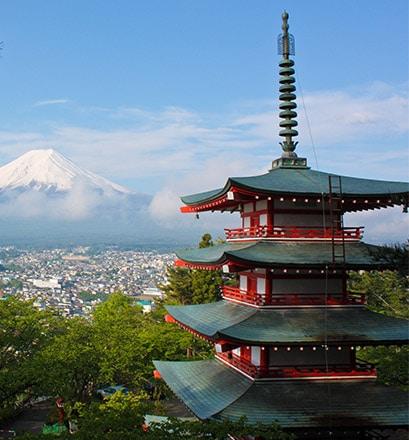 Admirer la vue sur le mont Fuji