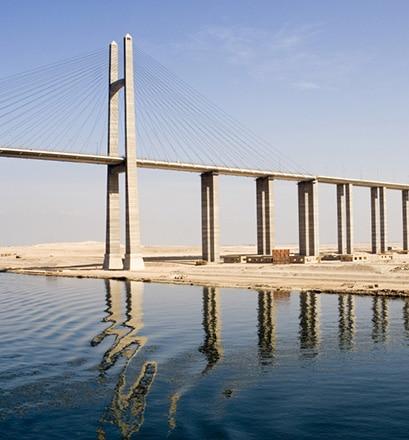 Traverser le canal de Suez - Égypte