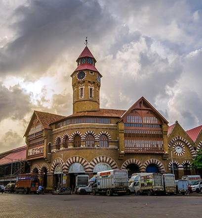 Arpenter les marchés de Mumbai, État du Maharashtra - Inde