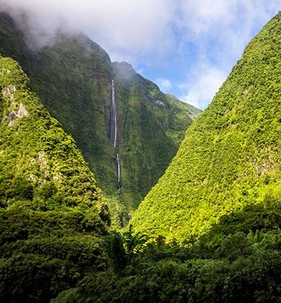 S'émerveiller devant une nature puissante, cirque de Salazie - La Réunion