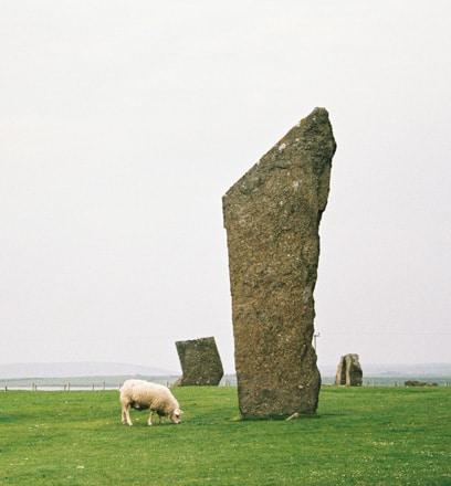 Entdecken Sie die archäologischen Stätten auf den Orkney-Inseln – Schottland